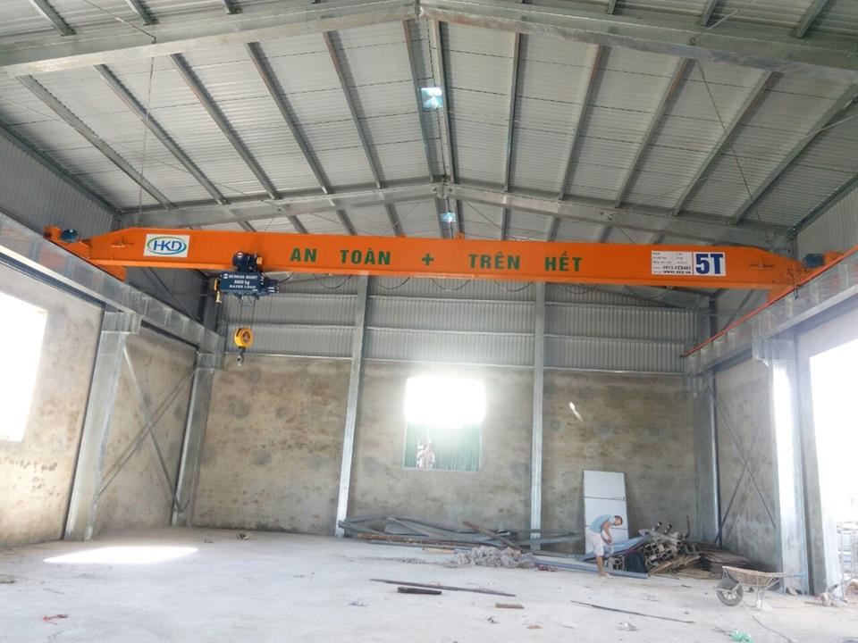 Cầu trục dầm đơn 5 tấn x 14m tại HKD giá 250 triệu