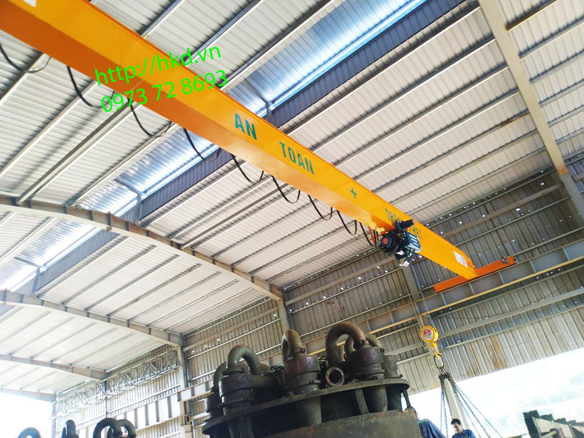 cầu trục dầm đơn 5 tấn có nhiều ưu điểm vượt trôi