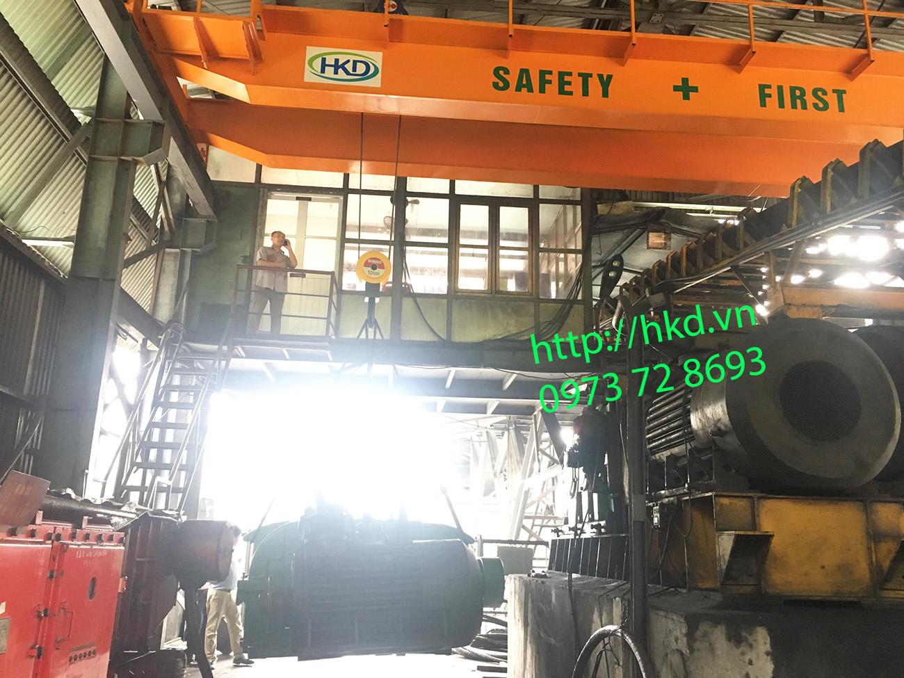 cầu trục dầm đôi 10 tấn nâng hạ máy móc, tổng thàng