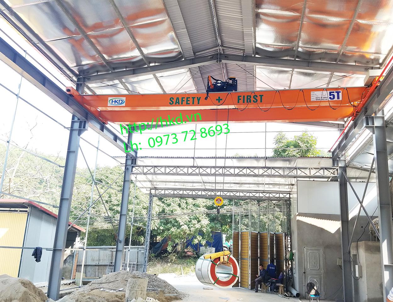 Cầu trục dầm đôi 5 tấn sử dụng Pa lăng điện Hàn Quốc