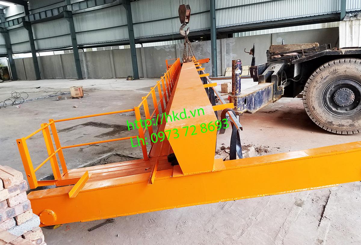 Sàn thao tác với cầu trục dầm đơn 5 tấn HKD
