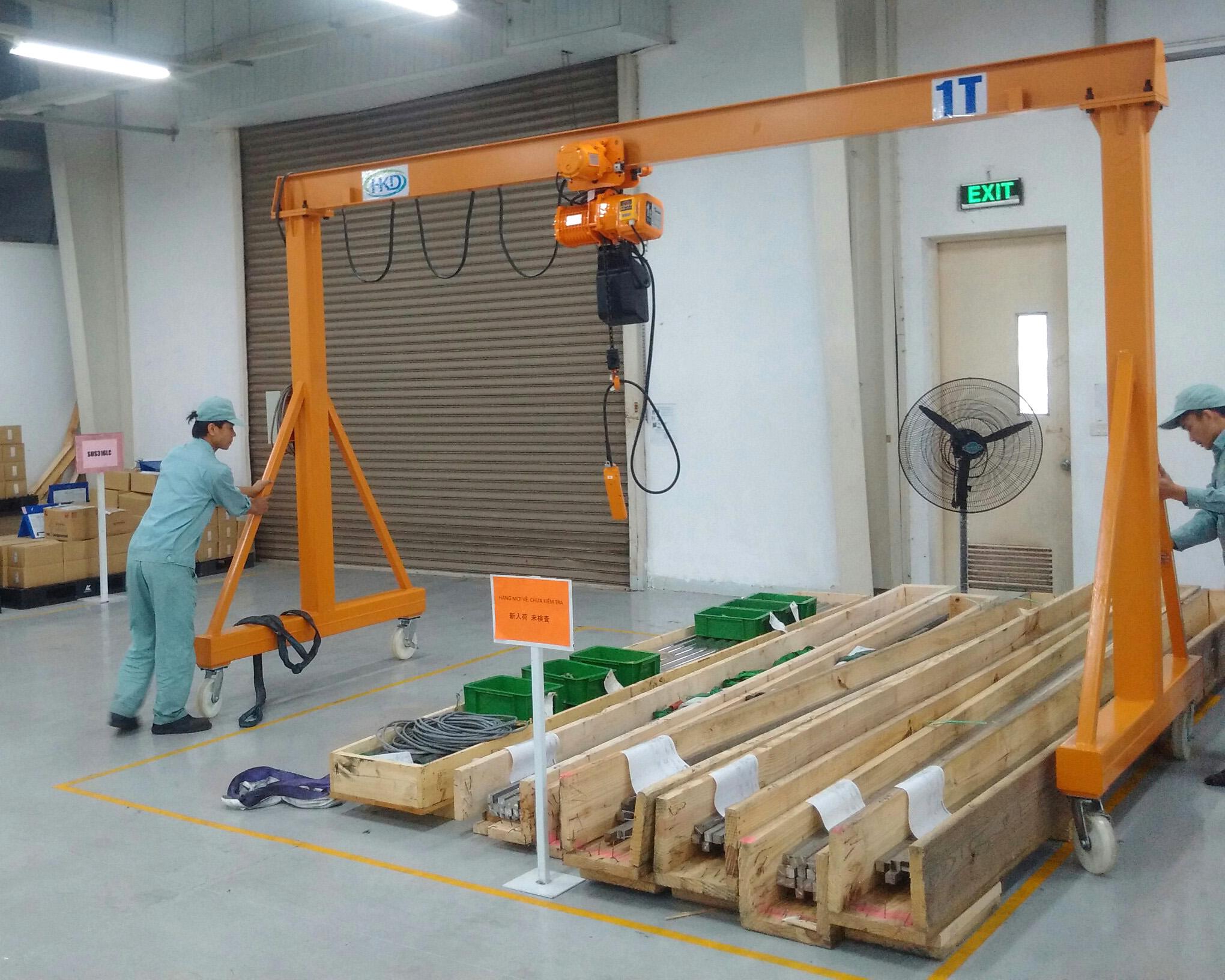 Cổng trục đẩu tay 1 tấn HKD